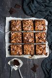 Cuisson douce de pâtisseries faites maison de tarte de morceau de gâteau de 'brownie' de chocolat Images stock