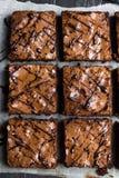 Cuisson douce de pâtisseries faites maison de tarte de morceau de gâteau de 'brownie' de chocolat Photo stock