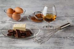 Cuisson du concept Clos de base d'ingrédients de cuisson et d'outils de cuisine images libres de droits