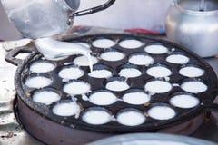 Cuisson du dessert thaïlandais Photographie stock