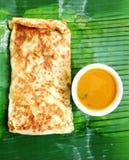 cuisson du murtabak d'Indien de nourriture ethnique Images libres de droits