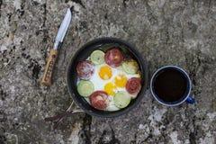 Cuisson du petit déjeuner Photos stock