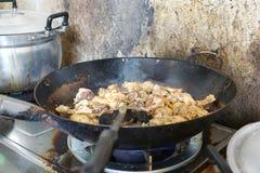 Cuisson du poulet, gingembre de poulet frit d'émoi Image libre de droits