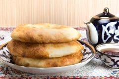 Cuisson en cuisine asiatique centrale Photographie stock libre de droits