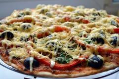 Cuisson, pizza Photos stock