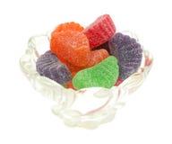 Cukierek owoc plasterki w pucharu bocznym widoku Obrazy Stock