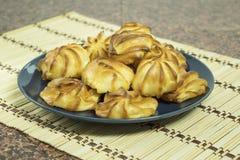 cukierki Kremowy Ptysiowy ciasto Kremowi chuchy obrazy stock