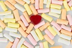 Cukierki - Marshmallow i Owocowej galarety serca fotografia stock