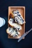 Cukierki piec chleb z makowymi ziarnami Obraz Stock