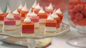Cukierki stołu ustalony pirozhenok jako tła ciasteczka ewentualni produkty używać zdjęcie wideo