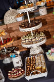 Cukierku bar na stojaku Zdjęcia Royalty Free