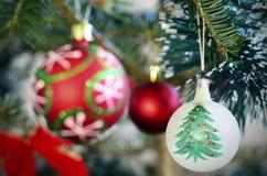 cukierku trzciny bożych narodzeń ornamentu śniegu drzewo Obraz Stock