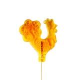 Cukrowy cockerel na kiju. Zdjęcia Royalty Free