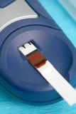 cukrzyk robi glikozie zdjęcie royalty free