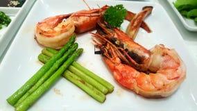 Culinária do japonês do aspargo dos camarões Foto de Stock