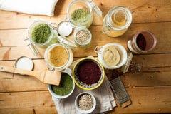 Culinária do Oriente Médio: ervas e especiarias imagens de stock royalty free