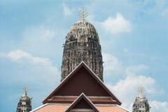 Culmine del tempio nell'area Wat Fotografia Stock Libera da Diritti