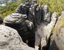 Culmini della roccia che scalano il parco naturale Fotografie Stock