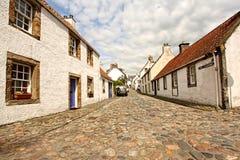 culross房子老苏格兰街道 免版税库存照片