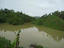Cultivando a lagoa na área tribal imagens de stock royalty free