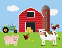 Cultive con el alimentador y los animales rojos del granero Foto de archivo libre de regalías