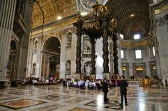 Culto nella basilica del ` s di St Peter Immagini Stock Libere da Diritti