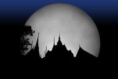 Cultura della Tailandia del tempio dell'ombra con la luna Foglio della foto collage Immagine Stock