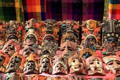 Cultura indiana das máscaras maias coloridas na selva fotos de stock royalty free
