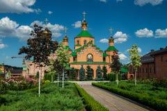 Cultura para hombre del cristianismo de la religión de Ucrania Kiev del monasterio de Holosiivskyi fotos de archivo