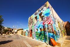 9 9 2016 - Cultura urbana en la ciudad vieja de Rethymno - mural moderno en una pared del edificio Fotos de archivo