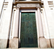 Culture old architecture in italy europe milan religion       a Royalty Free Stock Images