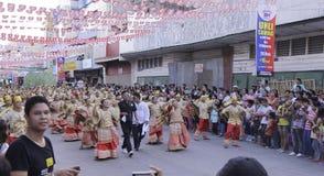 Culturele de Dansparade van het Buglasanfestival 2014 Stock Afbeeldingen