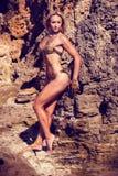 Culturista atractivo hermoso Foto de archivo libre de regalías