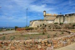 Cumana slott från parkeringsplatsen arkivbilder