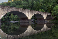 Cumberland fällt Steinbrücke Lizenzfreie Stockfotos