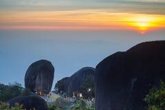Cumbre de Mt Khitchakut en la puesta del sol Imagenes de archivo