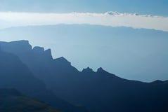 Cume da montanha de Bucegi Fotos de Stock Royalty Free