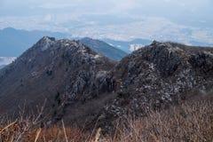 Cume da montanha rochosa Fotos de Stock Royalty Free