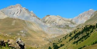 Cume muito agradável da montanha perto de Italy e de France Imagem de Stock