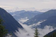Cumes austríacos no parque nacional de Hohe Tauern Fotos de Stock