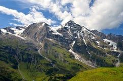 Cumes de Hohe Tauern, Áustria Fotos de Stock