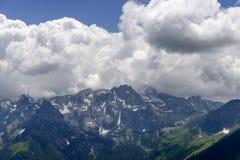 Cumes no lado do norte do pico de Tre Signori, Orobie, Itália Foto de Stock Royalty Free