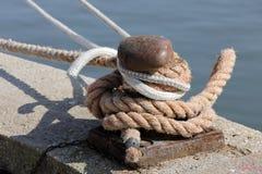 Cumować przy dokiem Fotografia Royalty Free