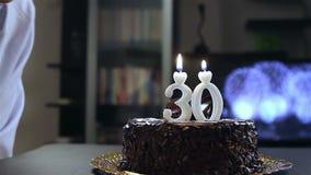 Cumpleaños del hombre joven
