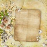 Cumprimentando o cartão dourado com flores bonitas Fotografia de Stock Royalty Free