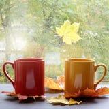 Cumprimente o outono confortavelmente fotografia de stock