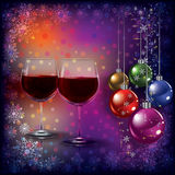 Cumprimento abstrato do Natal com vidros de vinho Foto de Stock Royalty Free