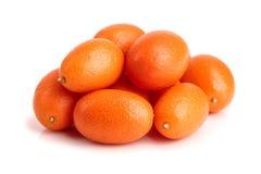 Cumquat lub kumquat odizolowywający na białym tła zakończeniu up Fotografia Stock