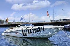 Cumująca prędkości łódź przy Jeziornym Genewa, Szwajcaria Fotografia Royalty Free