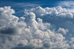 Cumuli, grande mazzo di A delle nuvole Immagine Stock